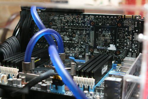 Mainboard im Computer