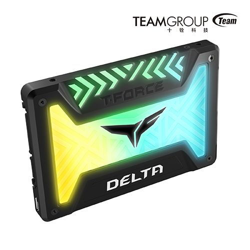 TEAMGROUP T-FORCE DELTA RGB SSD